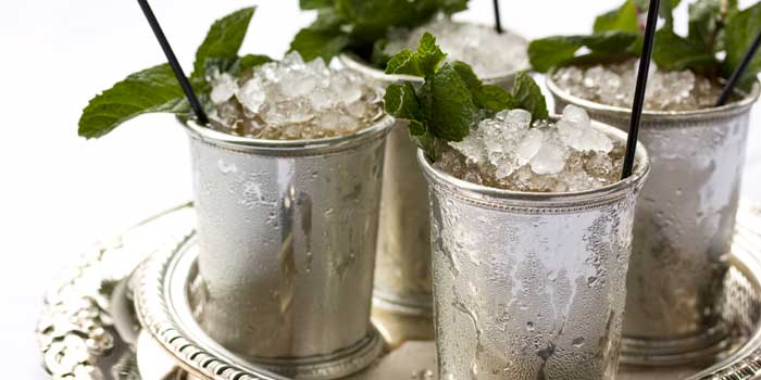 Mint juleps for days (Via Garden and Gun)